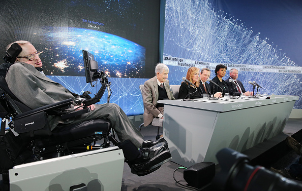 "NEW YORK, NEW YORK - APRIL 12: (L-R) Professor Stephen Hawking, Theoretical physicist and Mathematician Freeman Dyson, Ann Druyan, Theoretical Physicist Avi Loeb, Dr. Mae Jemison and Dr. Pete Worden attend the New Space Exploration Initiative ""Breakthrough Starshot"" Announcement at One World Observatory on April 12, 2016 in New York City. (Photo by Jemal Countess/Getty Images)"
