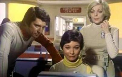 Tony, Sandra and Helena investigate.
