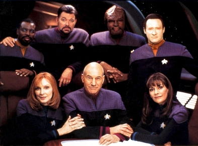 star-trek-the-next-generation-nemesis-crew-shot