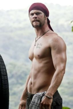 Chris Hemsworth - Working Out on Thor