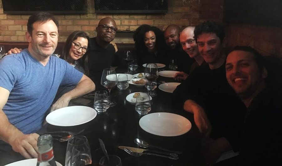 Star Trek Discovery Cast Out to Dinner
