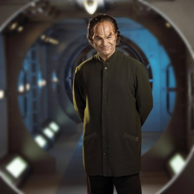 John Billingsley as Dr. Phlox stars in STARTREK: ENTERPRISE on UPN. Photo:James Sorenson/Paramount Pictures. ©2003 Paramount Pictures. All Rights Reserved.