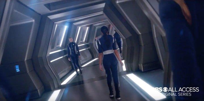 Star Trek Discovery - Walking the Corridors