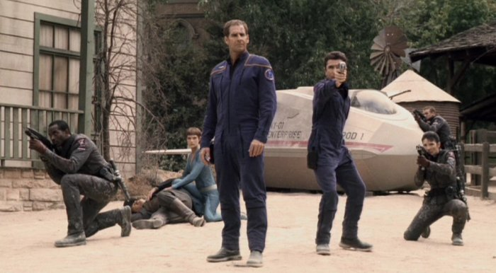 Archer, T'Pol and Reed with MACO soldiers
