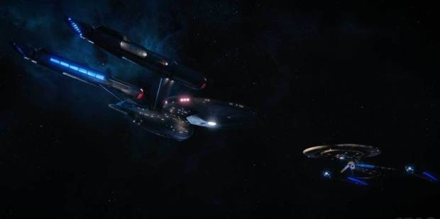 Disco S1E15 Enterprise and Discovery Meet